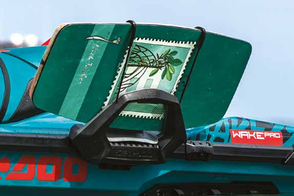 2019 seedoo features WAKE 155 wakeboard rack