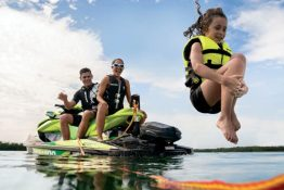 buy the gti se sea doo for more family fun on a personal watercraft